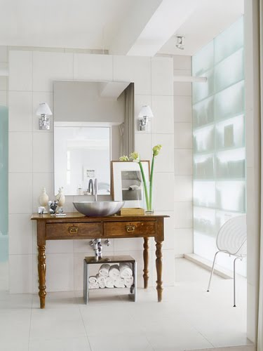 The Chicer Antiquer Bathroom Vanity