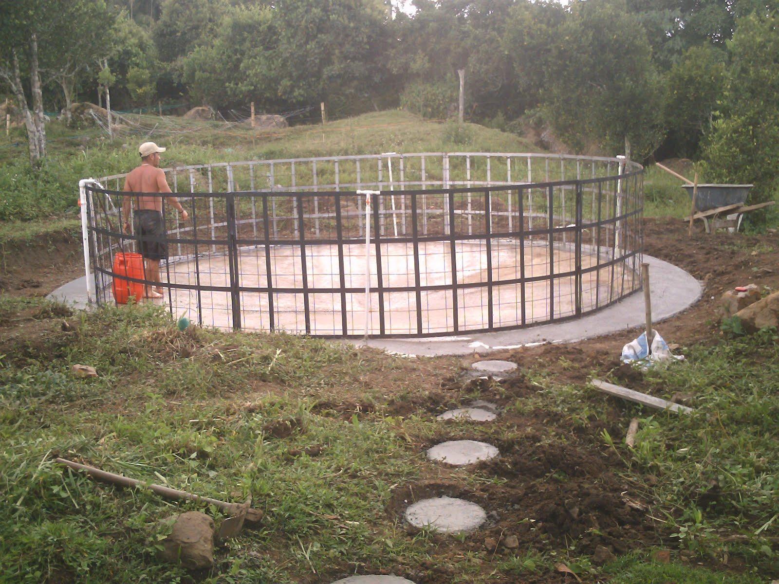 Jovenes rurales emprendedores instalaci n tanque circular for Geomembrana para estanques de agua