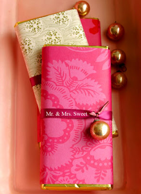 Gift Packaging Ideas Ribbon Amp Bell Wrapped Chocolate Bar