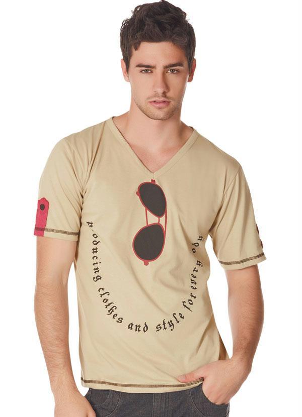 dc11f061e3 Camisa Masculina na Moda - Decote em V - Melhor Conteúdo Digital ...