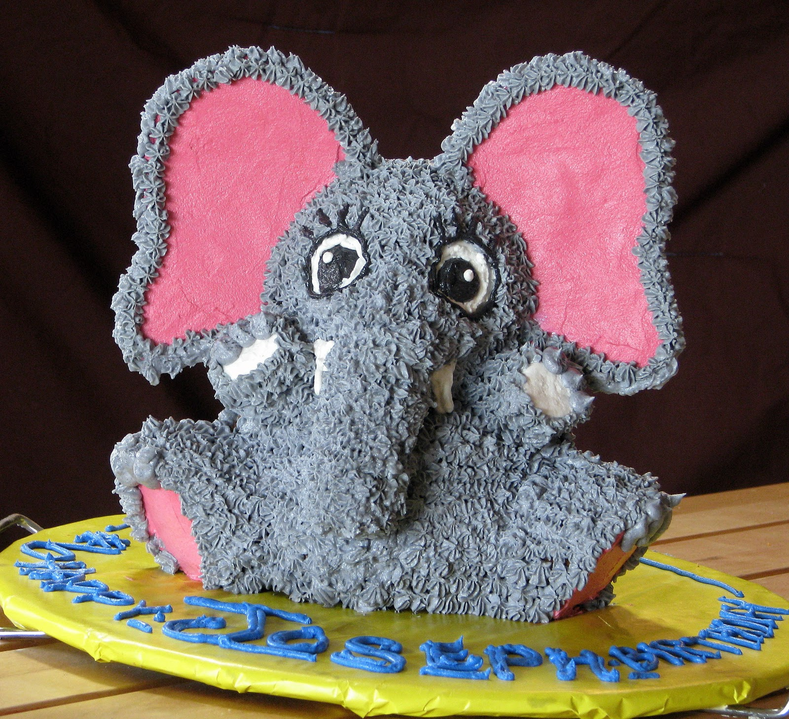Memories For Later Teddy Bear Into An Elephant In Cake