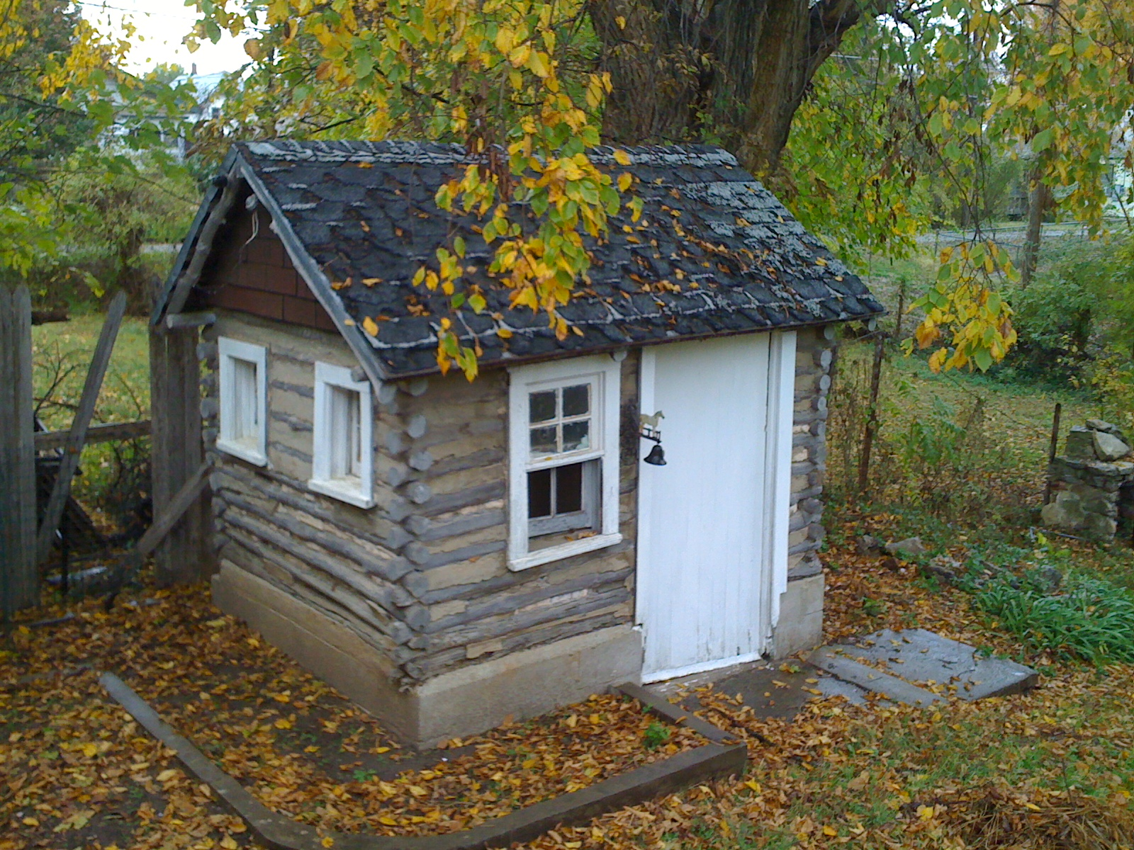 Freesourcefull The Log Cabin Playhouse