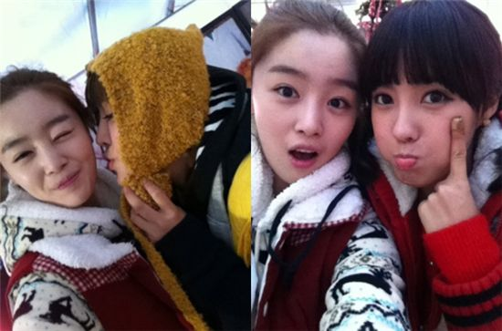 """87052c0537bf Sunhwa reveals more selcas with """"Invincible Youth"""" castmates Cute ..."""