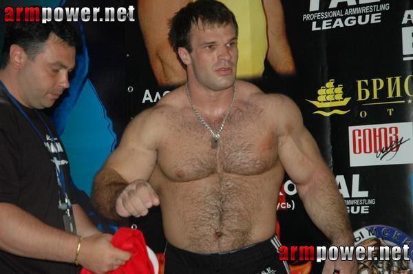Beefymusclemuscle Com: Beefy, Rugged Bodybuilder Denis Ciplenkov (Cyplenkov) 5