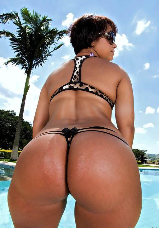 Dark black woman naked