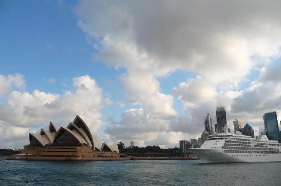 Aquí el Opera House y un crucero
