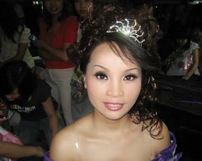 Is An Asian Woman Wonders 54