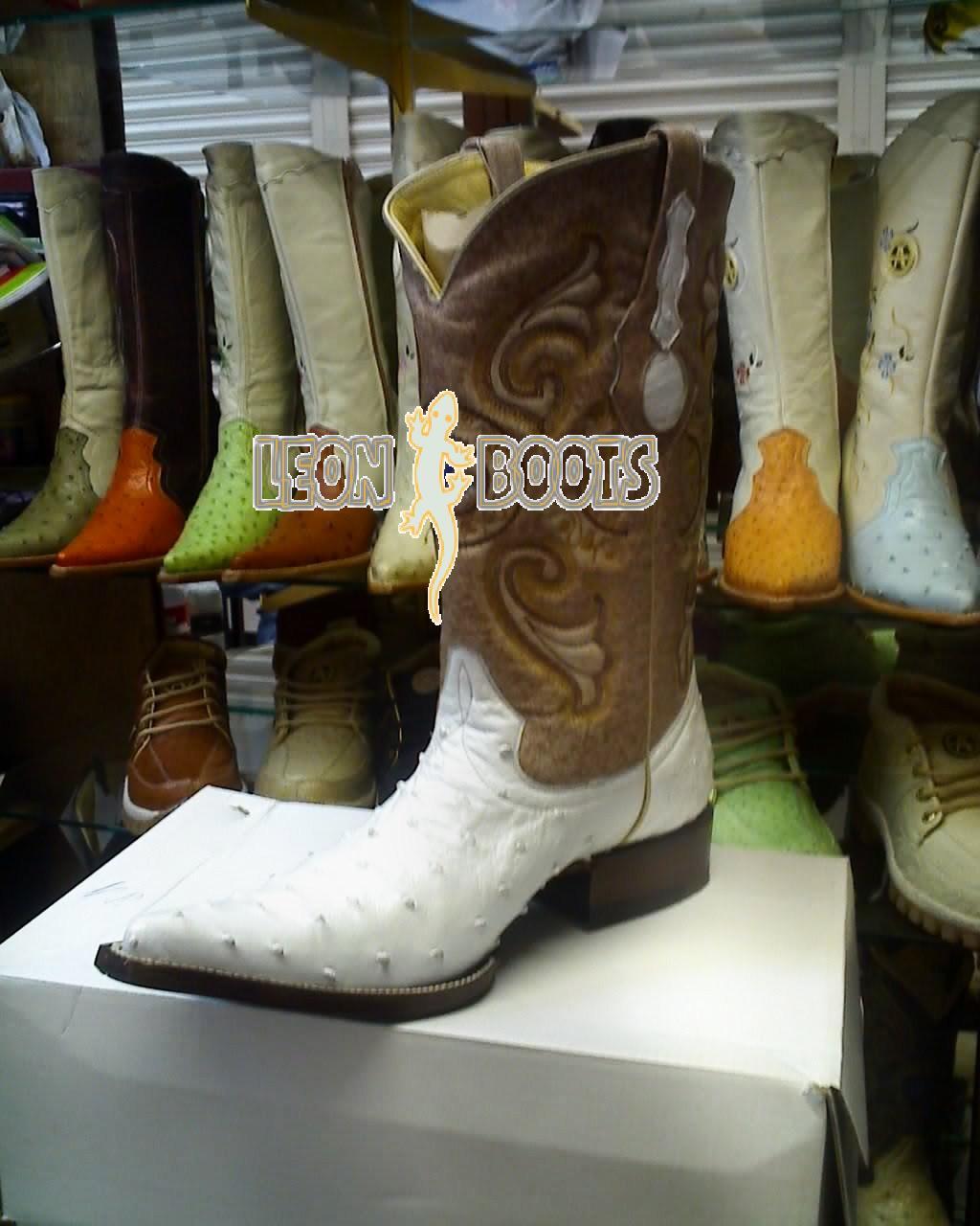 0a58b17a9a GOZA Boots® 2011EC Botas De Hombre Vaqueras Payaso De. 565 x 565.  LEONBOOTS  BOTA AVESTRUZ HORMA CHIHUAHUA