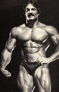 Mike Mentzer, Creador del Heavy Duty