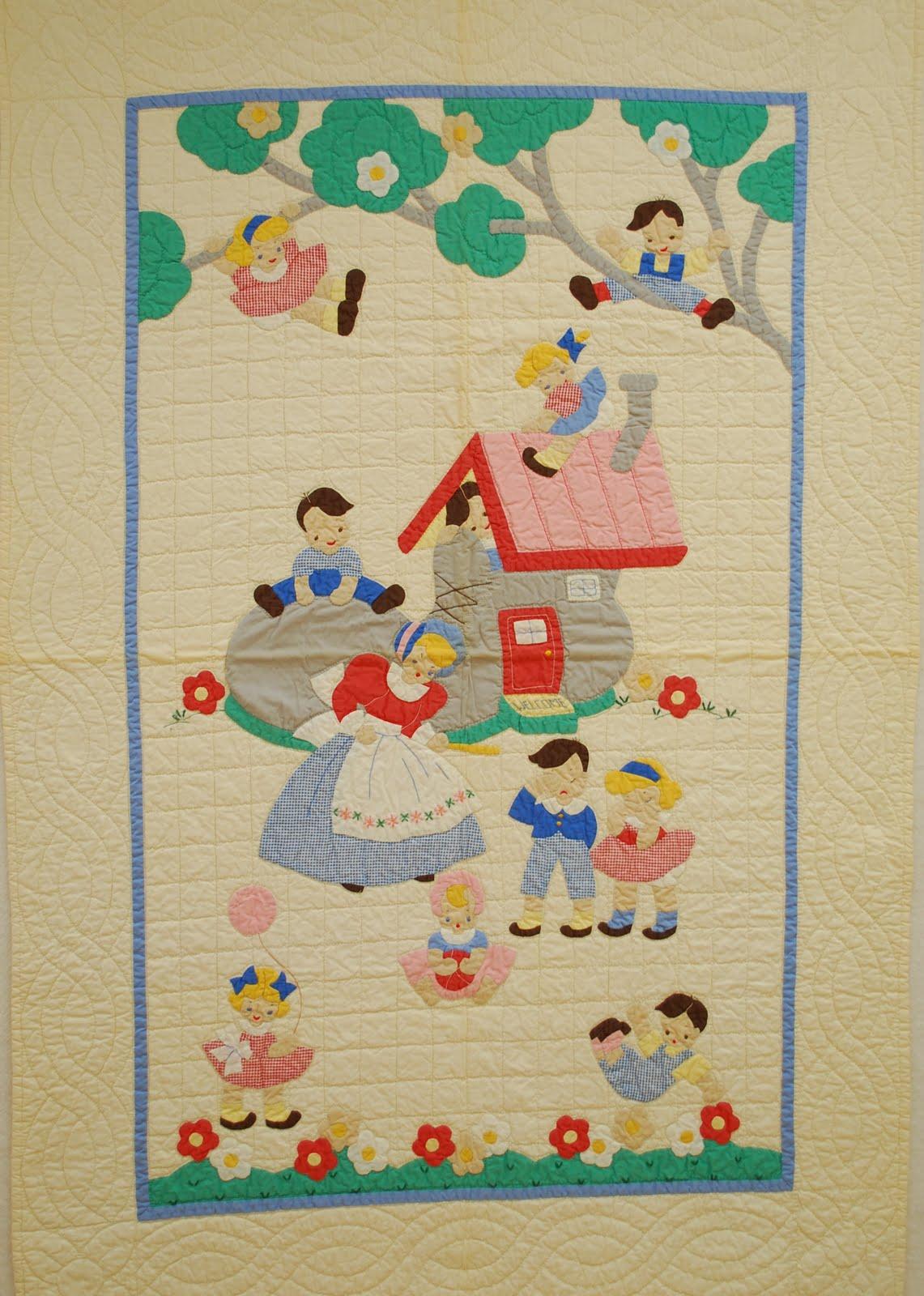 Quilts Vintage And Antique Alice In Wonderland Crib Quilt