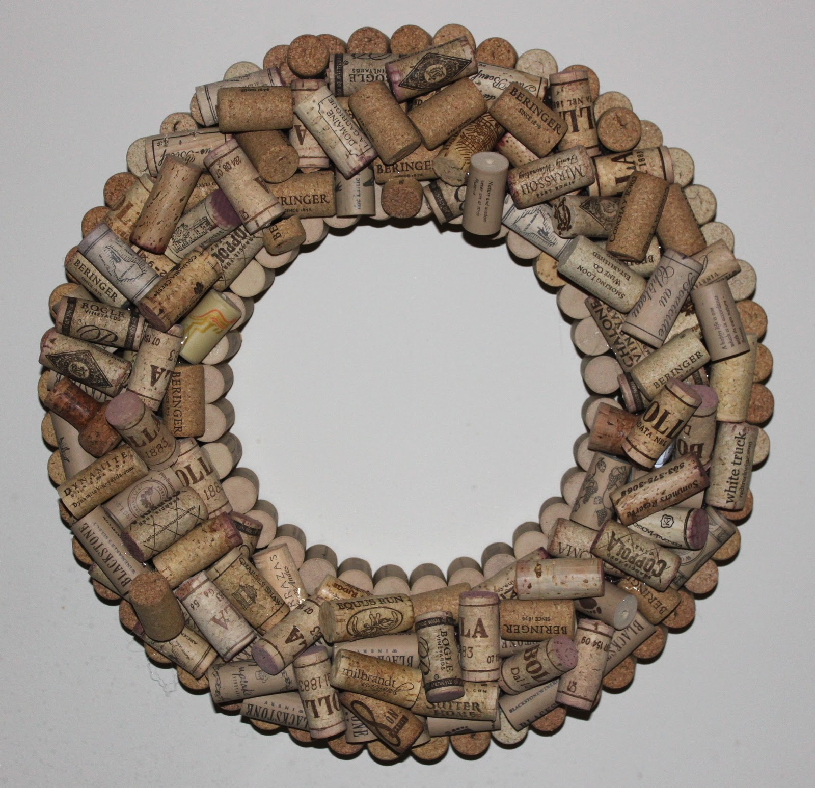 Cork Wreath: Teach. Craft. Love.: Still Obsessed With Wreaths
