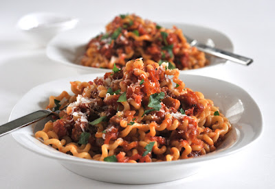 Bucatini all'Amatriciana, Two Ways