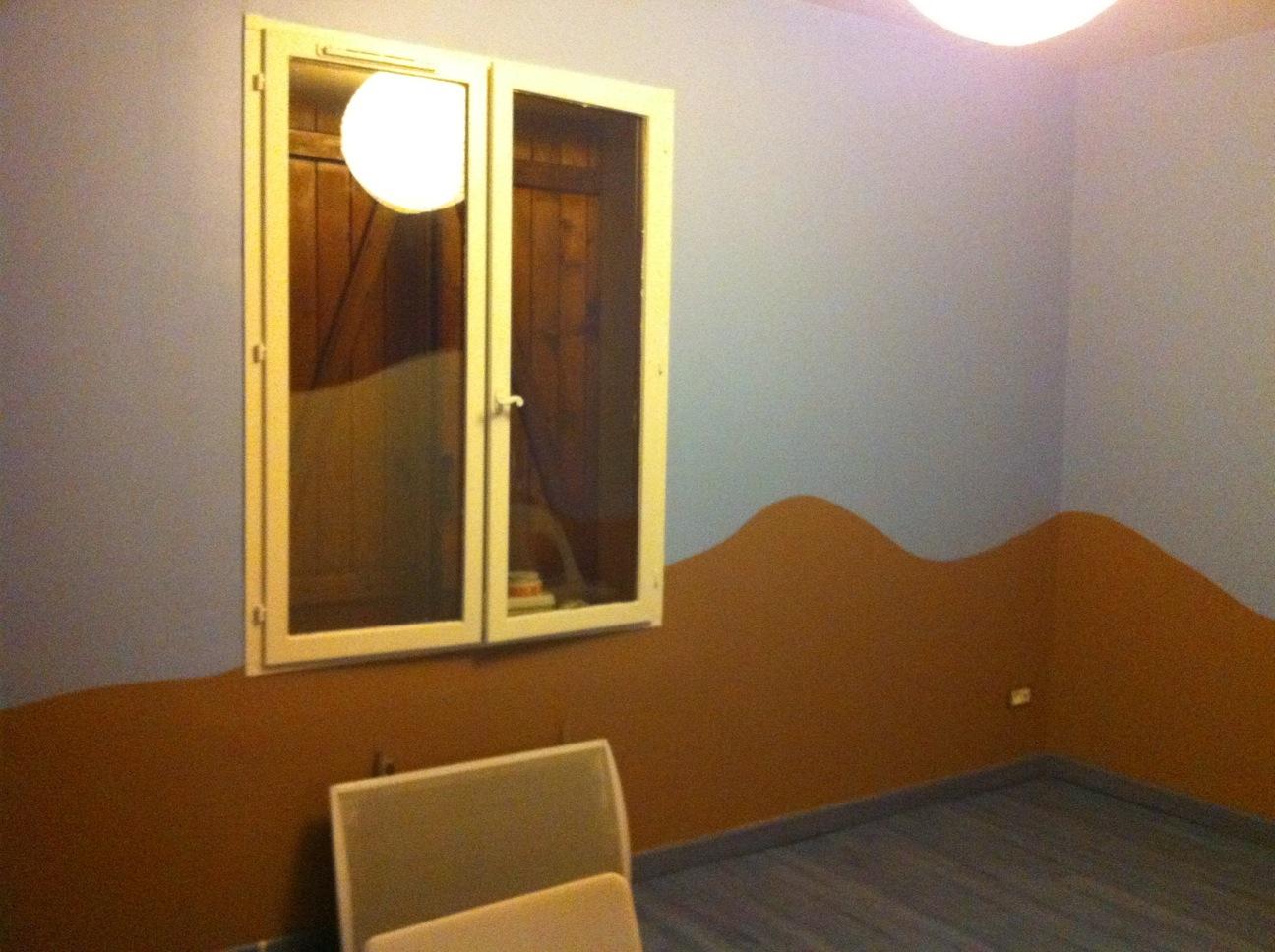 decoration salle de jeux id es et conseils d co decoration salle de jeux finitions peintures. Black Bedroom Furniture Sets. Home Design Ideas