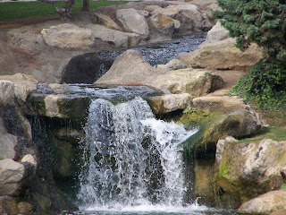 Waterfall at Tewinkle Park in Costa Mesa