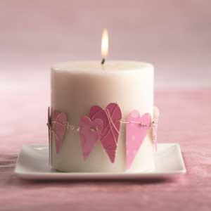 vela con corazones para san valentin
