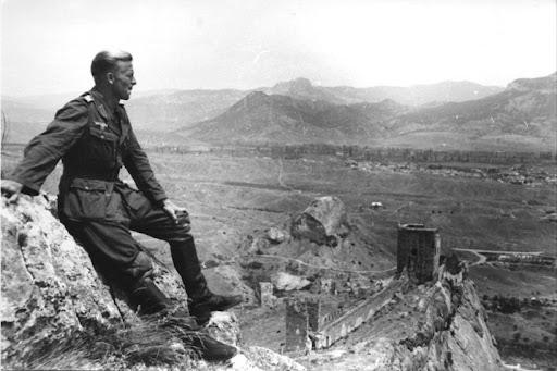 Вид с генуэзской крепости на Судак
