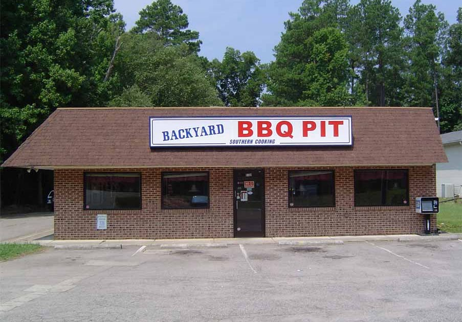 NC Barbecue Musings: Acceptable - Backyard BBQ Pit - Durham NC