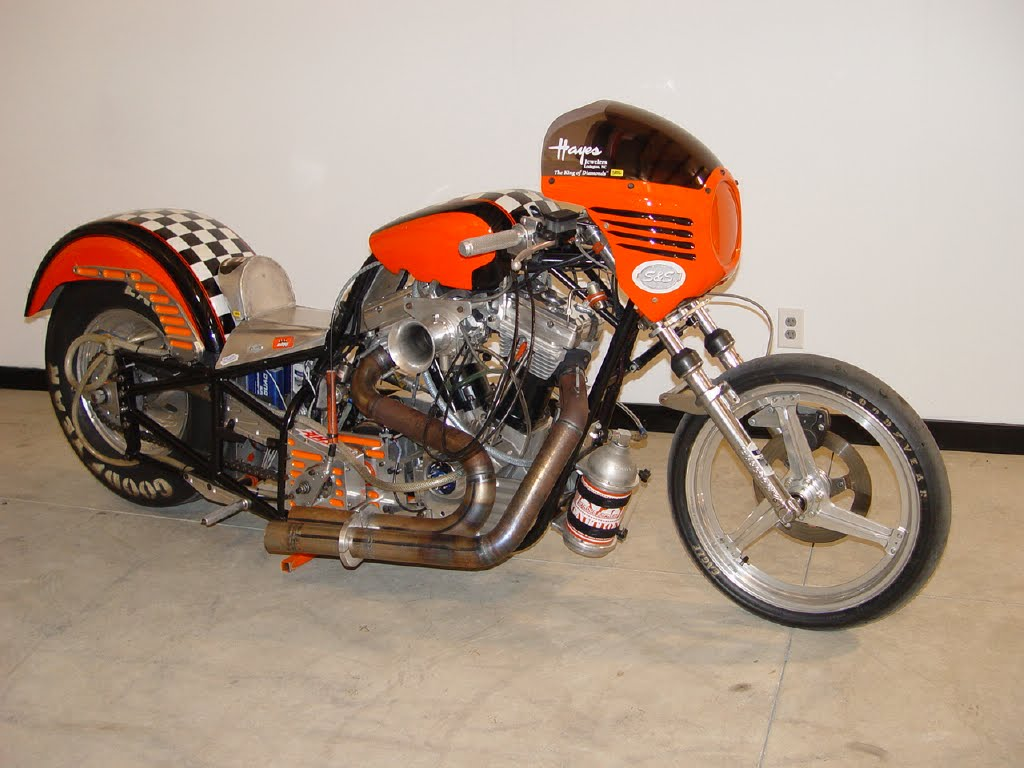 Harley Davidson: The Flipside: Jeffro's Harley Davidson Drag Bike