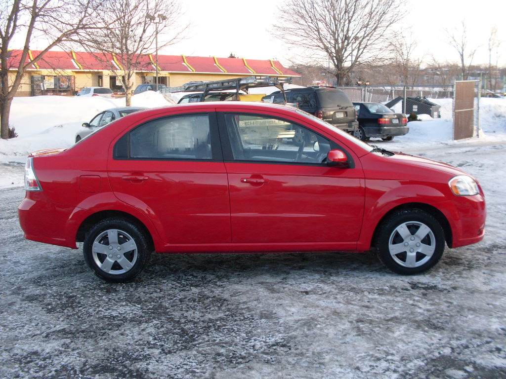 Chevy Aveo Red New on 2009 Chevy Aveo Lt