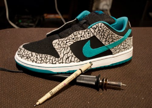 a6f77514cd2 ... italy this is what the nike sb chrome ball incident dunk low looks like  after undergoing