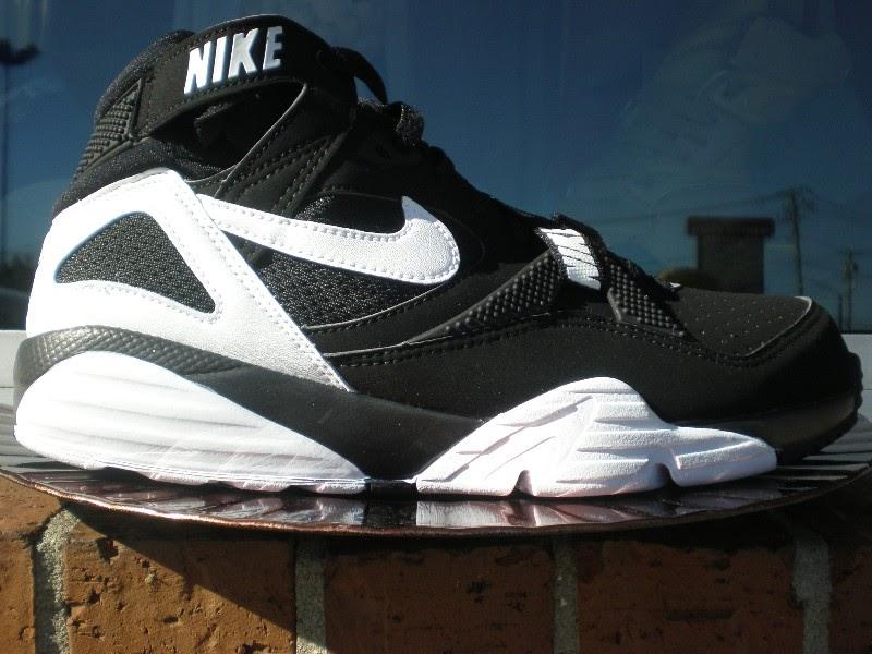 Nike Air Trainer Max 91 – BlackWhite Colorway