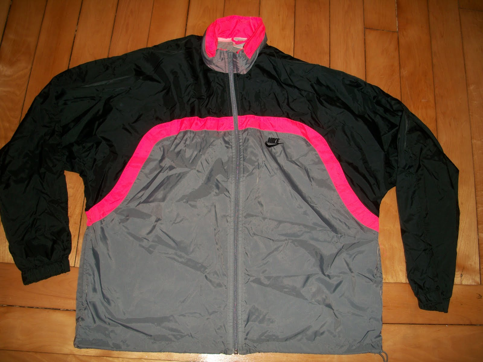 faed26432e50 Allergic To Cubicles  Vintage Nike Windbreaker