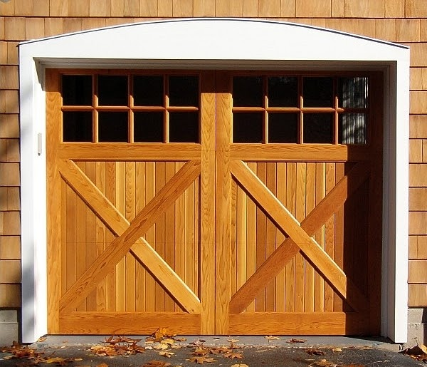 Custom Garage Interiors Ideas: Exterior And Interior Design: Exterior Design Tips : Barn