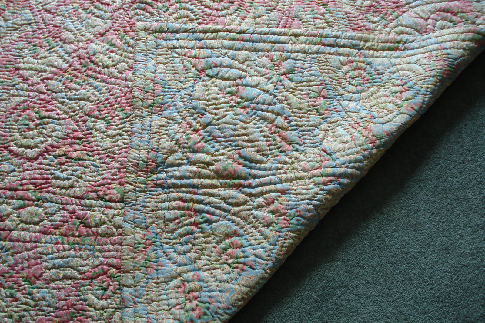 Welsh Quilts Pink And Blue Paisley Quilt