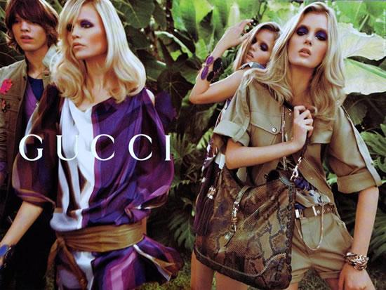 Коллекция сезона весна-лето 2009 от Gucci полна ярких красок.