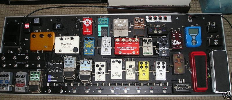 tour pro custom guitar pedal board for sale stratocaster guitar culture stratoblogster. Black Bedroom Furniture Sets. Home Design Ideas
