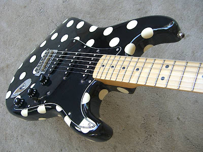 1996 buddy guy signature strat non smoker stratocaster guitar culture stratoblogster. Black Bedroom Furniture Sets. Home Design Ideas