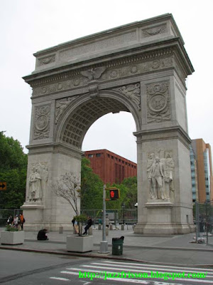 New York Greenwich Village Arc de triomphe Washington Square Park