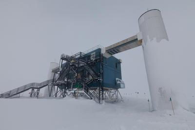 World's Largest Neutrino Observatory Completed At South PoleIcecube Neutrino Observatory White Book