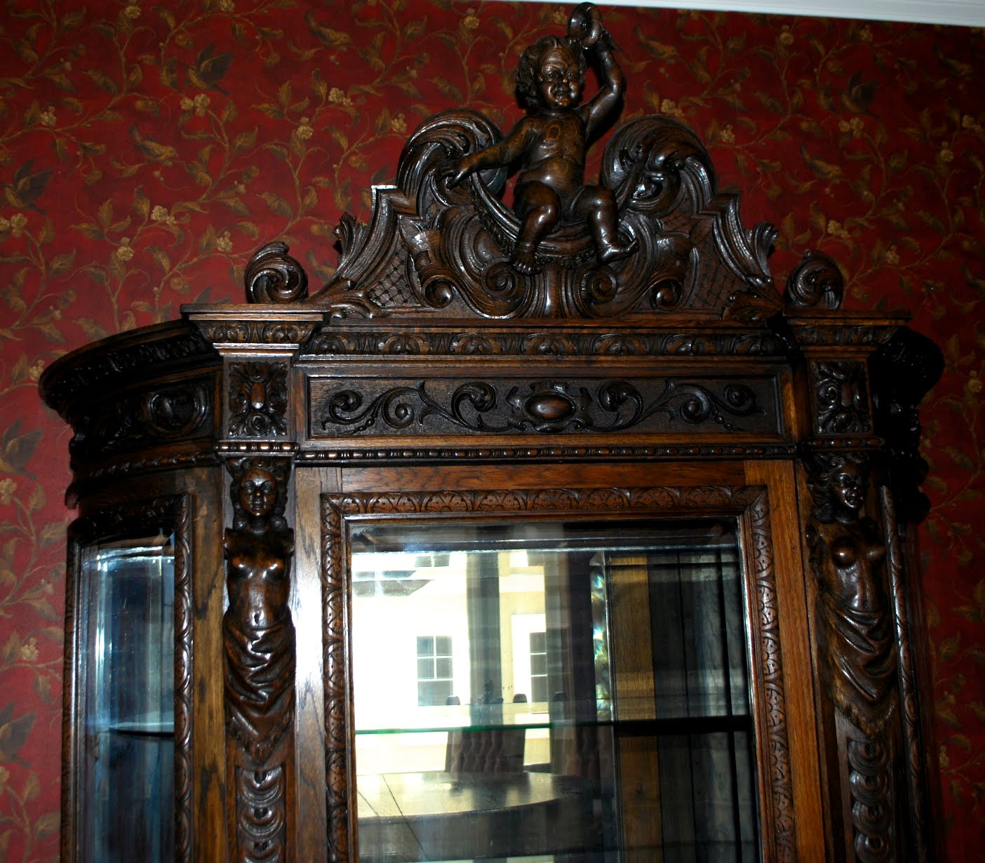 Dining Room Set For 12: Victorian Antlers: Oak Cherub 12 Piece Dining Room Set