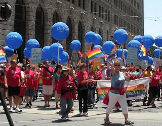 San Francisco Pride - kaiser permanente float