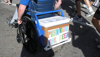 Push here for beer: Bay to Breakers in San Francisco