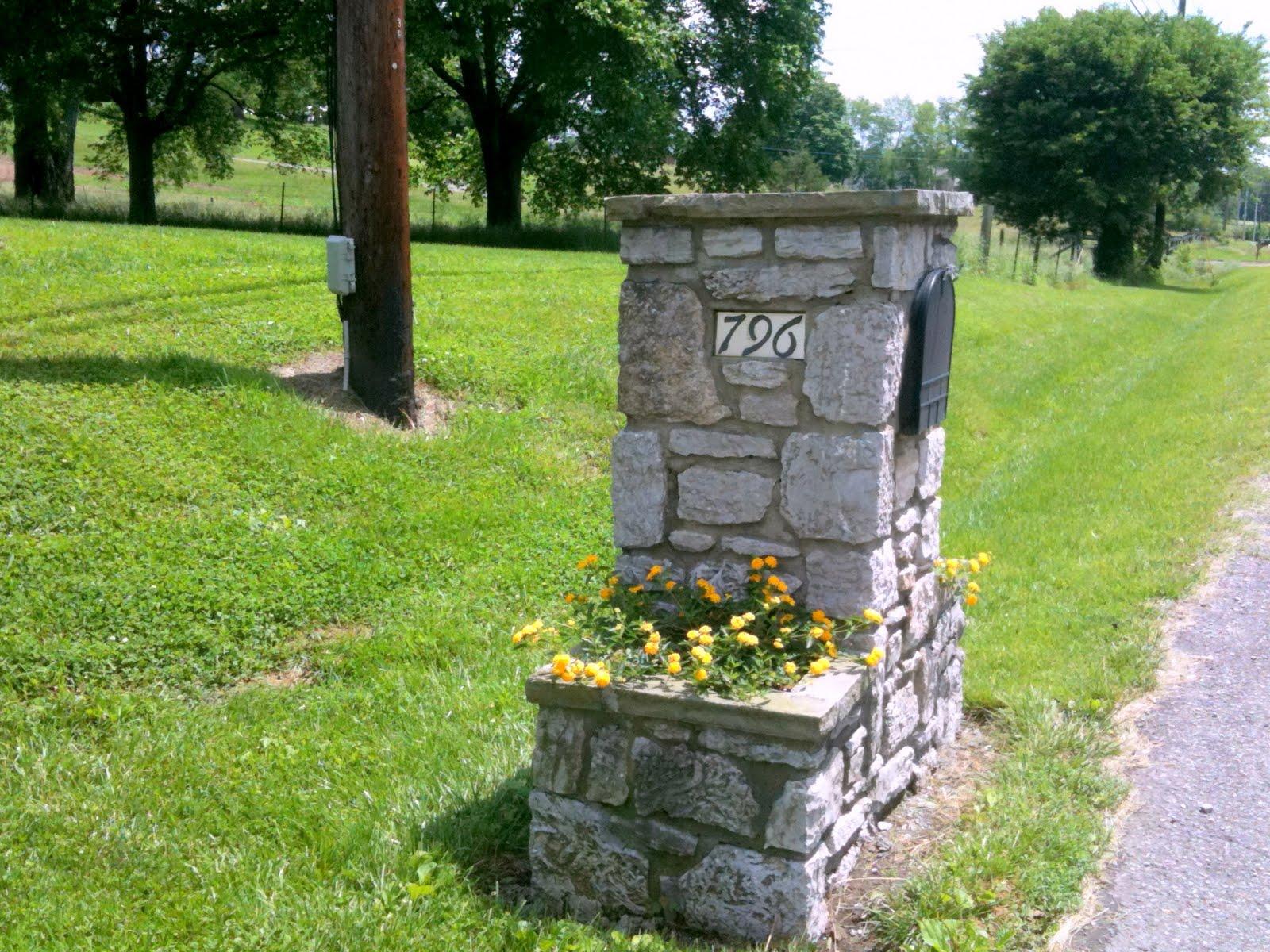 awesome mailbox ideas brick mailboxes design decorative mailboxes with mailbox planter ideas - Mailbox Design Ideas