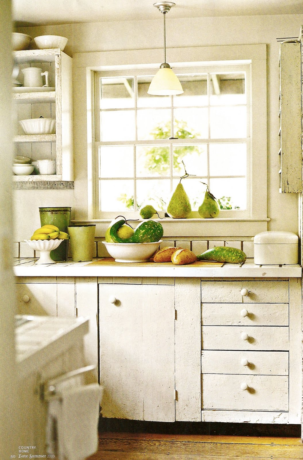 Old Country Cottage Kitchen Design