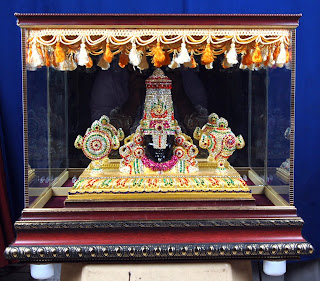 Handicrafts idols makers, Photo Frames suppliers  in Tirupati