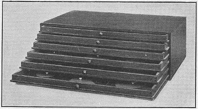 petit petit montessori cabinet de g om trie. Black Bedroom Furniture Sets. Home Design Ideas
