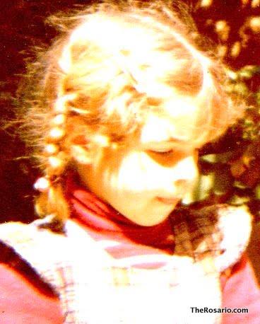 Roser Amills con trenzas, de niña