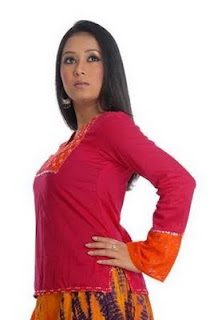 Bangladeshi Model Farhana Mili