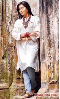Zakia Bari momo bangladeshi sexy Actress