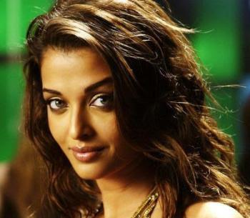 Aishwarya Rai hot kiss, Aishwarya Rai Hot Photos
