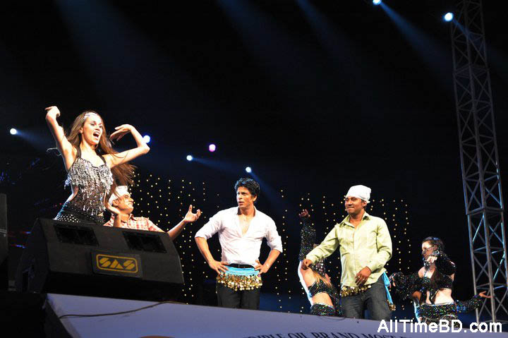 Shahrukh Khan Live In Dhaka Photo Gallery