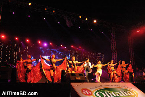 Shahrukh Khan live in dhaka concert photo gallery