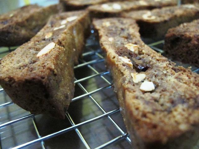 Resep Biscotti Coklat & Kacang Mete