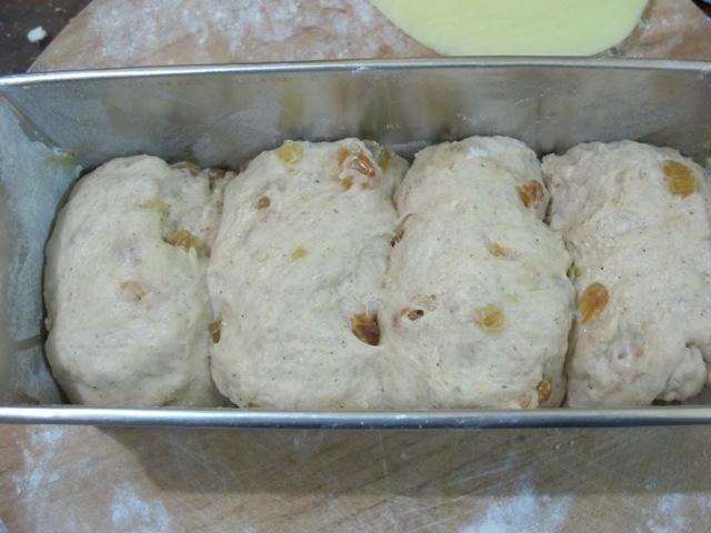 Resep Roti Kismis Kayu Manis