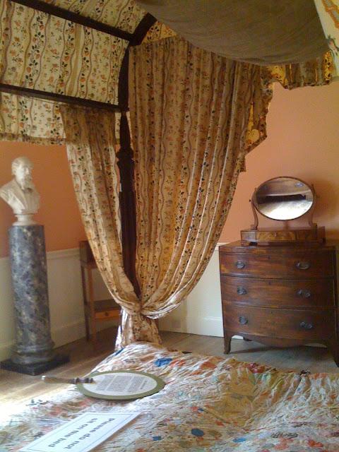 Charles Dickens bedroom, l pic:kerstin rodgers/msmarmitelover