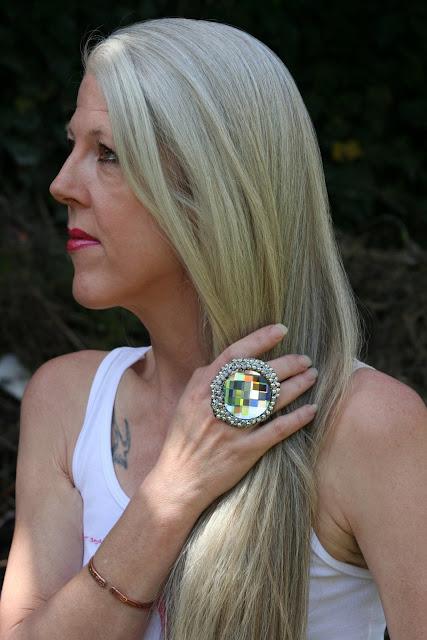 long silver blonde grey hair, Scarlett Canon